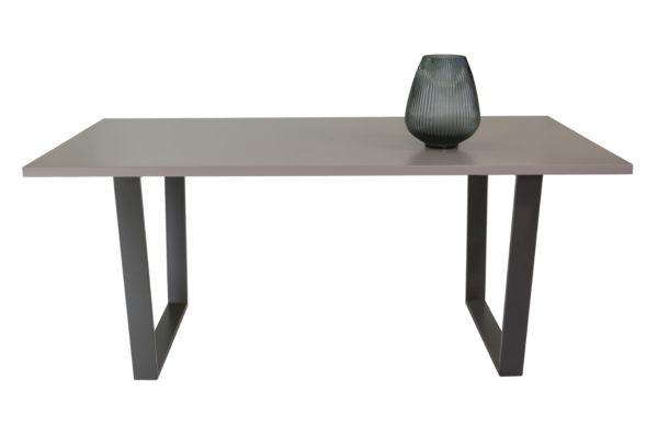 mesa de comedor lacada