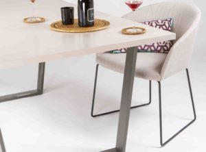 mesa comedor pata abierta