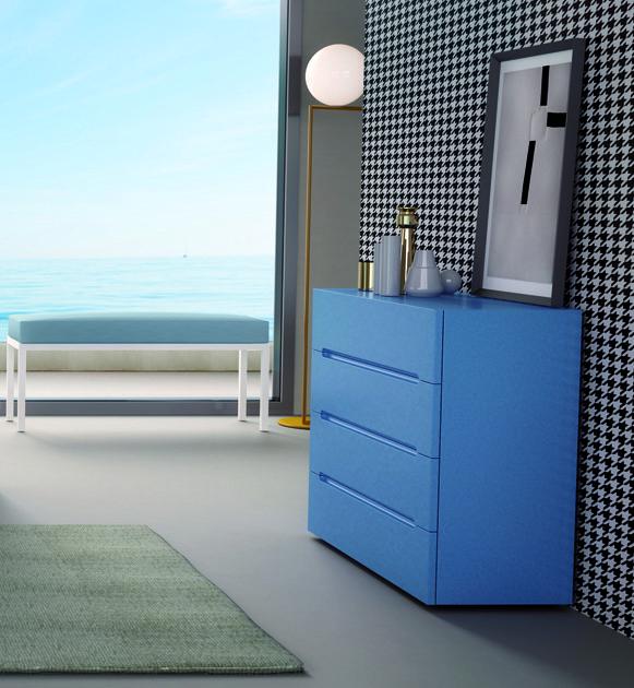 cómoda azul recta