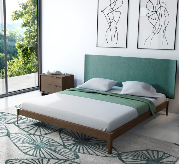 cama de madera con cabecero tapizado